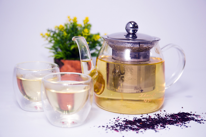 Detoxing with the Season:  Helpful Supplements and Herbal Teas