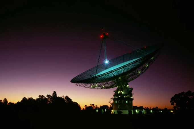 CNN:  Mysterious radio signal from space is repeating every 16 days